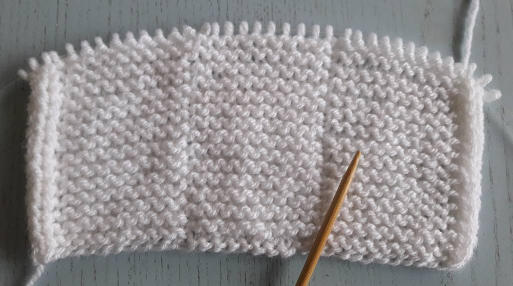 How to calculate the right amount of cashmere yarn for any knitting project – Part II: Scarves and Shawls